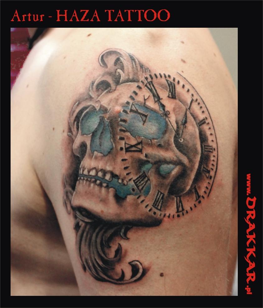 czaszka i zegar, tatuaż Gliwice