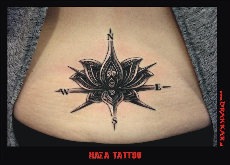 tatuaż róża wiatrów, haza